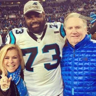 Michael Oher with family